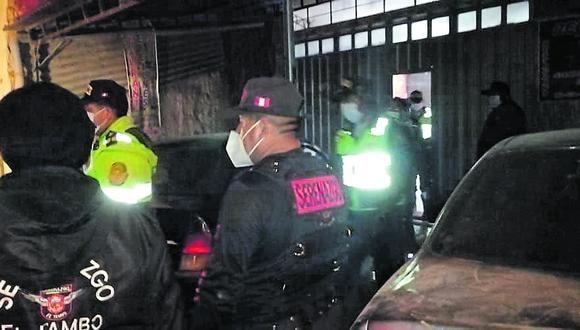 Junín: en el predio, las autoridades hallaron alrededor de 90 cajas de cervezas. (Foto: Captura de video)