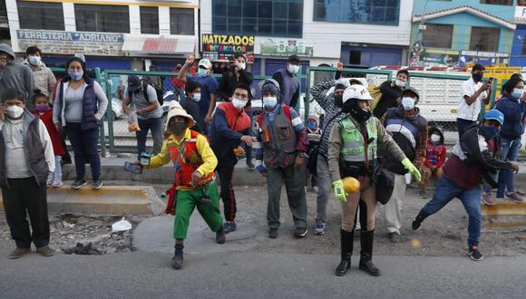 La comitiva de Keiko Fujimori fue atacada a su llegada a Arequipa. (Foto: Hugo Perez / @photo.gec)