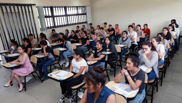 Más de 800 instituciones aún no inician proceso para poder licenciarse, según el Ministerio de Educación, (Foto Referencial)