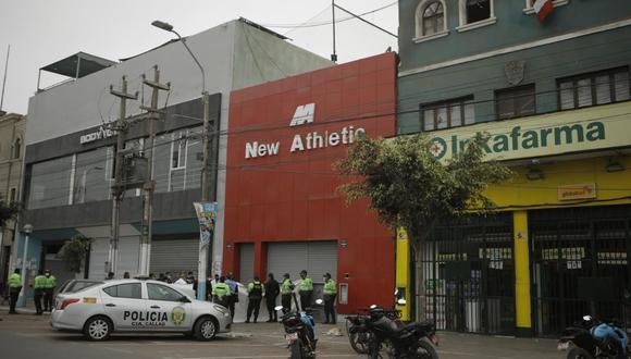Ciudadana extranjera fue atacada por su verdugo cerca de su trabajo, en la cuadra 4 de la avenida Sáenz Peña, en el Callao. (Foto: Joel Alonzo/@photo.gec)