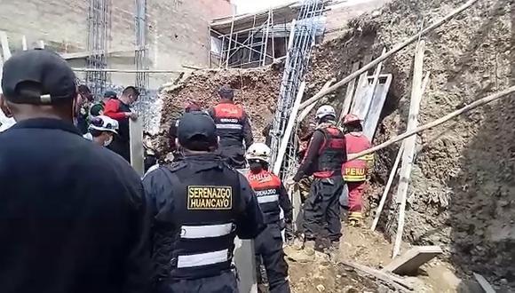 Junín: los vecinos exigieron a las autoridades confirmar si la construcción contaba con el permiso municipal. (Foto: Captura de video)
