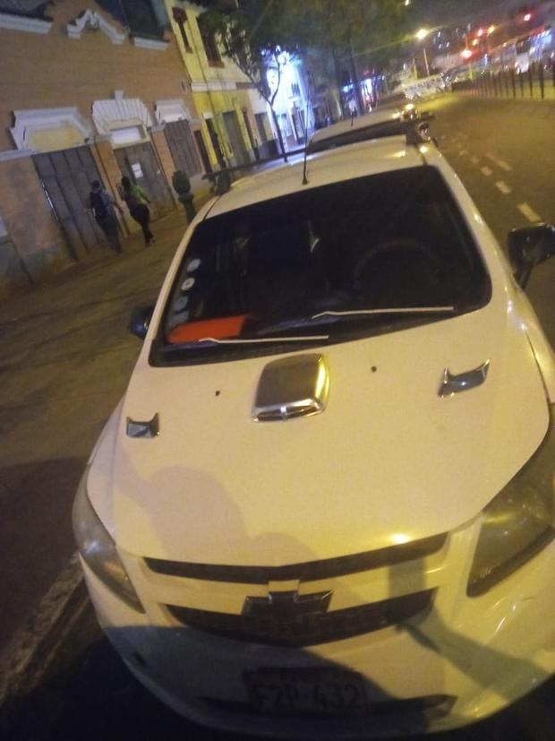Usaban auto al que le habían puesto circulina policial para despistar a sus víctimas. (GEC)