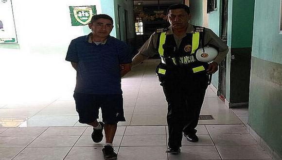 Sujeto roba 200 soles en grifo de Puente Piedra, pero policías lo capturan