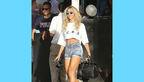 Zapatillas en verano y cómo combinarlas, según Beyoncé