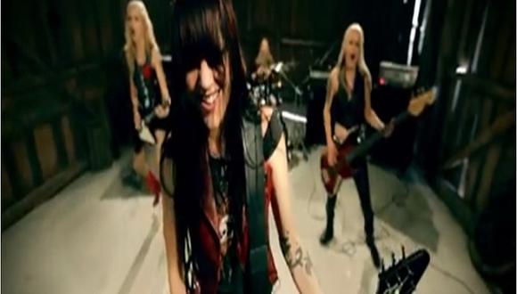 Banda femenina graba videoclip durante orgasmo de sus integrantes [VIDEO]
