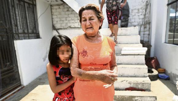 Delincuentes golpean a abuelita cuando ella llega a casa de su hija en Ancón