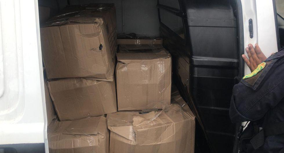 Todos los paquetes decomisados hicieron un total de mil con un peso aproximado de un kilo cada uno.  (Foto: PNP)