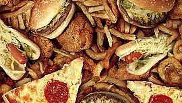 """Comida """"chatarra"""", tabaco y alcohol disminuyen calidad de vida"""