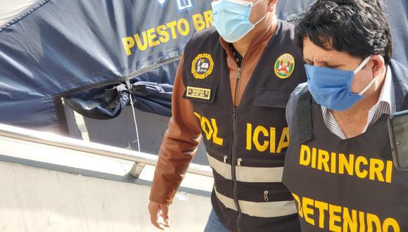 El exgobernador regional de Pasco, Kléver Uribe Meléndez Gamarra, fue llevado a la Dirincri y luego lo pusieron a disposición del Poder Judicial. (PNP)