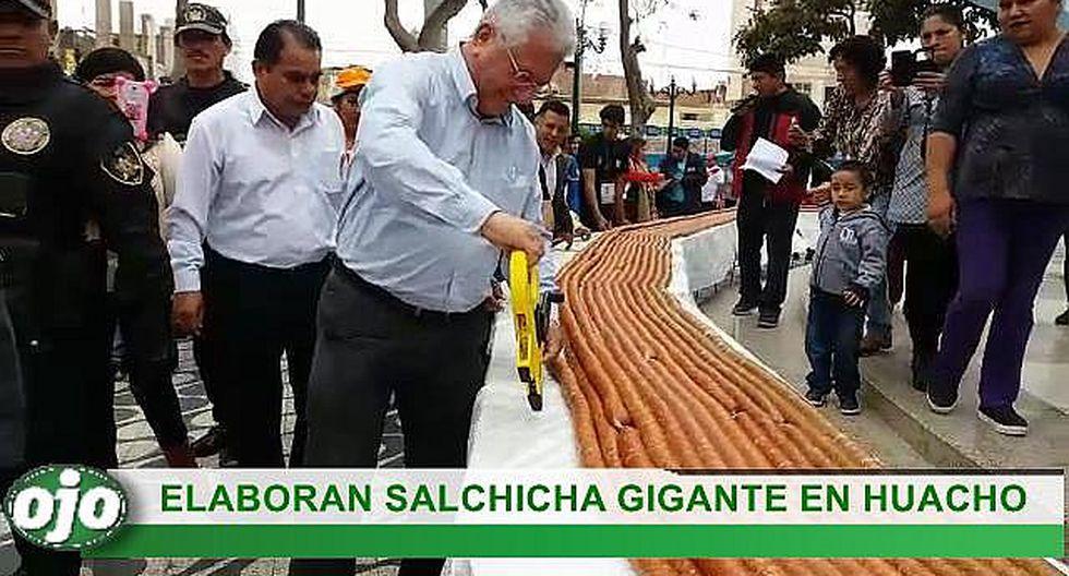 Huacho: así elaboraron la salchicha gigante con 250 kilos de carne