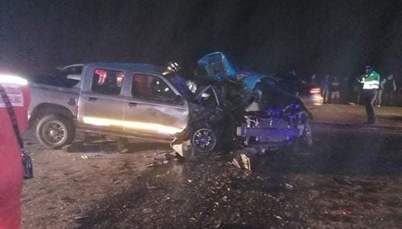 El accidente en Huanchaco se registró esta madrugada y dejó dos víctimas mortales. (Foto: Difusión)