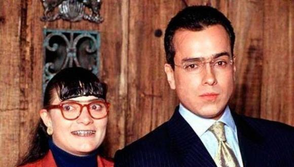 """Ana María Orozco y Jorge Enrique Abello interpretaron a Beatriz Pinzón y Armando Mendoza, respectivamente, en la telenovela """"Yo soy Betty, la fea"""" (Foto: RCN)"""