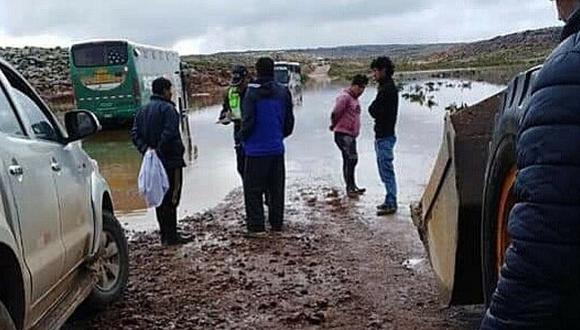 Tres personas mueren dentro de bus que se quedó varado en Arequipa (FOTOS)