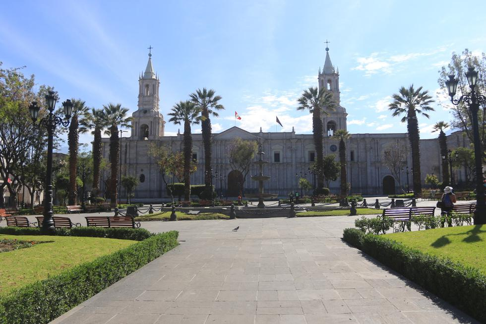Arequipa es una ciudad y un área metropolitana, capital de la provincia homónima y del departamento de Arequipa, es considerada la 'Capital Jurídica del Perú' y la 'Sede Oficial del Tribunal Constitucional' desde 1979. (Foto: El Comercio / Fuente: Municipalidad de Arequipa)