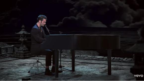 "Christopher Von Uckermann presenta ""Inalcanzable en vivo"". (Foto: Captura de video)"