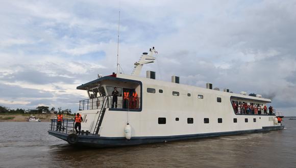 Las embarciones pluviales, conocidas como PIAS, entregaran la ayuda social a alrededor de 90,000 peruanos que forman parte de los 330,000 comunidades originarias.