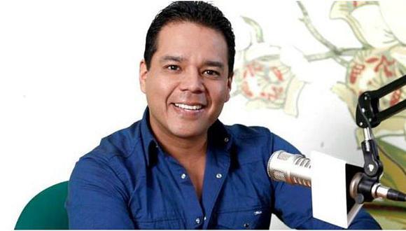 """Héctor Felipe presenta """"Escuela para padres"""""""