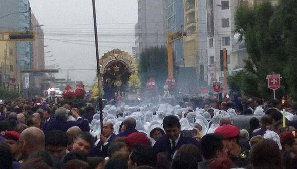 Señor de Los Milagros: Fieles temen un terremoto y le ruegan en procesión [VIDEO]