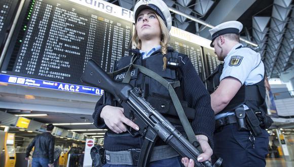 Atentados en Bruselas: Estados Unidos refuerza seguridad en aeropuertos