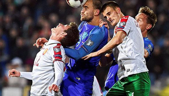 Bulgaria derrota 2-0 a Holanda que cae al cuarto lugar y tiembla