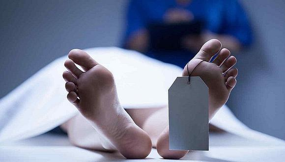 ¡De locos! Lo declaran muerto por exceso de alcohol y se despierta en la morgue