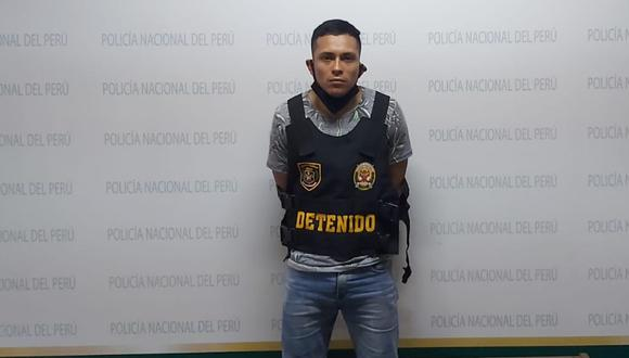 Callao. Kenjy Rojas es sindicado de haber perpetrado al menos dos asesinatos. La Policía le incautó un arma de fuego. (PNP)