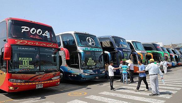 Ofrecen pasajes en bus a solo 1 sol a cualquier destino nacional