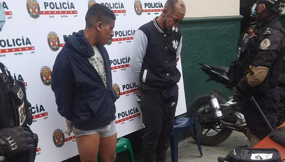 Estos son los delincuentes ¿marcas' que fueron atrapados y golpeados por los transeúntes y comerciantes cuando se daban a la fuga. (Foto: GEC)
