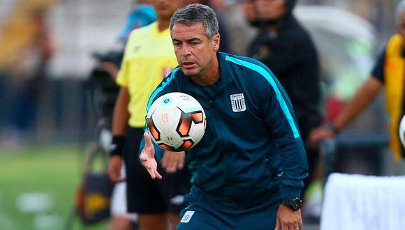 Alianza Lima se pronuncia oficialmente por Pablo Bengoechea