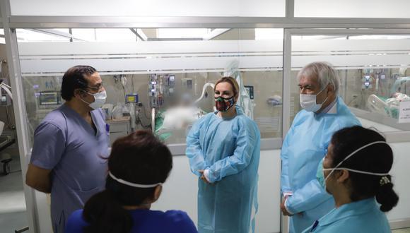 EsSalud cubrirá gastos de manifestante en UCI y presidenta visitó a heridos en Marcha Nacional (Foto: EsSalud)