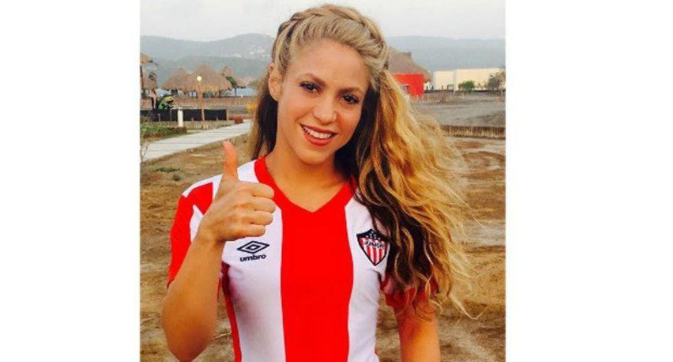 Shakira impacta con sus fabulosas piernas llegando al gimnasio [FOTOS]