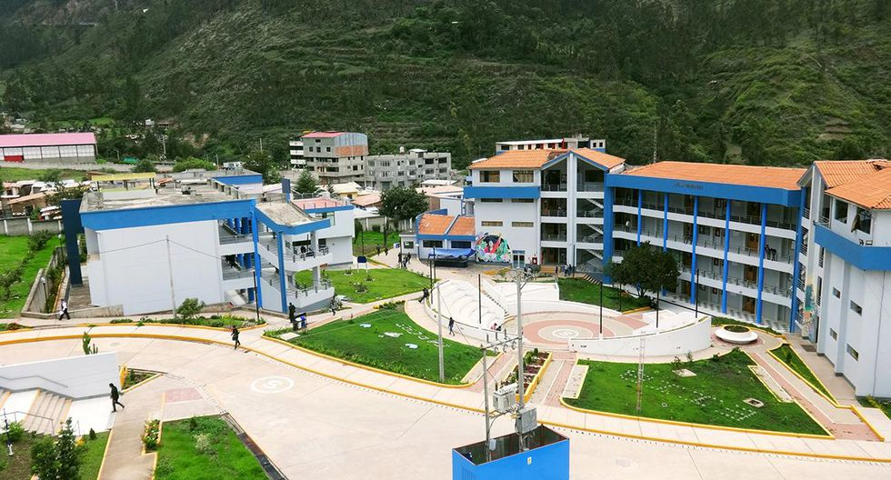 Con la Unamba, ya son 89 las universidades que han obtenido el licenciamiento institucional en todo el Perú: 45 públicas y 44 privadas. (Foto: Sunedu)