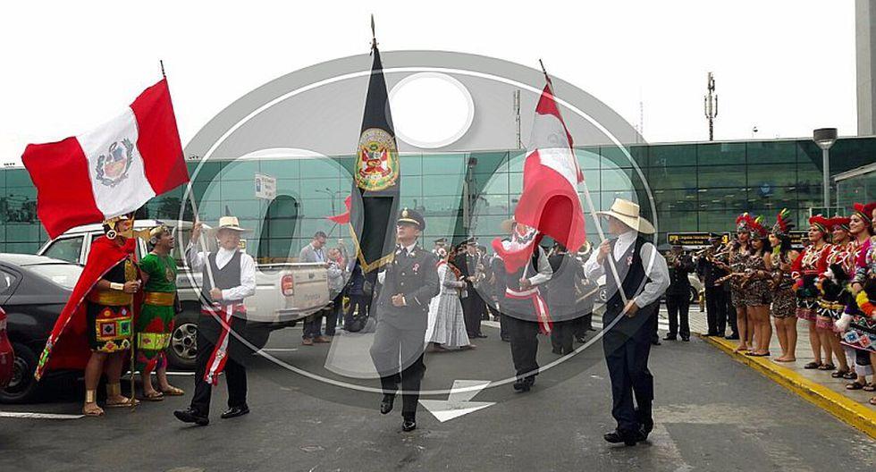 Fiestas Patrias: orquesta de la PNP sorprende a turistas con espectáculo (VIDEO)
