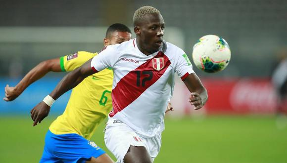 Luis Advíncula se refirió al partido contra Chile. (Foto: AFP)