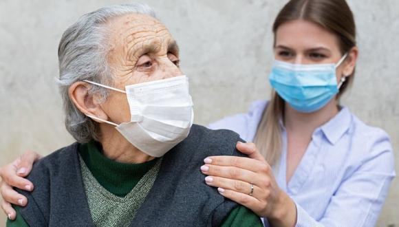 Los adultos mayores no solo son la población vulnerable frente al coronavirus, sino que se encuentran expuestos a otras enfermedades.