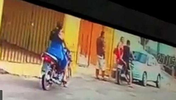 Mujer mata a su esposo en puerta de hotel al encontrarlo con su amante (VIDEO)