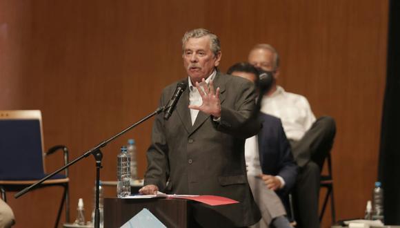 Fernando Rospigliosi presentó las propuestas de Fuerza Popular en materia de seguridad ciudadana. (Foto: Renzo Salazar / @photo.gec)