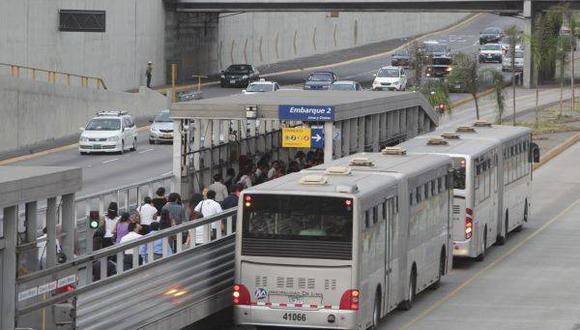 La agresión contra la mujer ocurrió a pocos metros de la estación Angamos del Metropolitano. (Foto: GEC)
