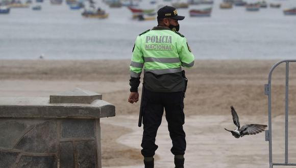 Las autoridades vigilarán que las personas no accedan a las playas desde el 22 de diciembre al 4 de enero. (GEC)