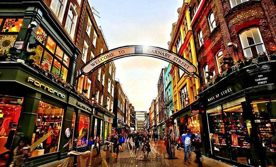 SOHO: De lugar de opresión a barrio de moda en Londres