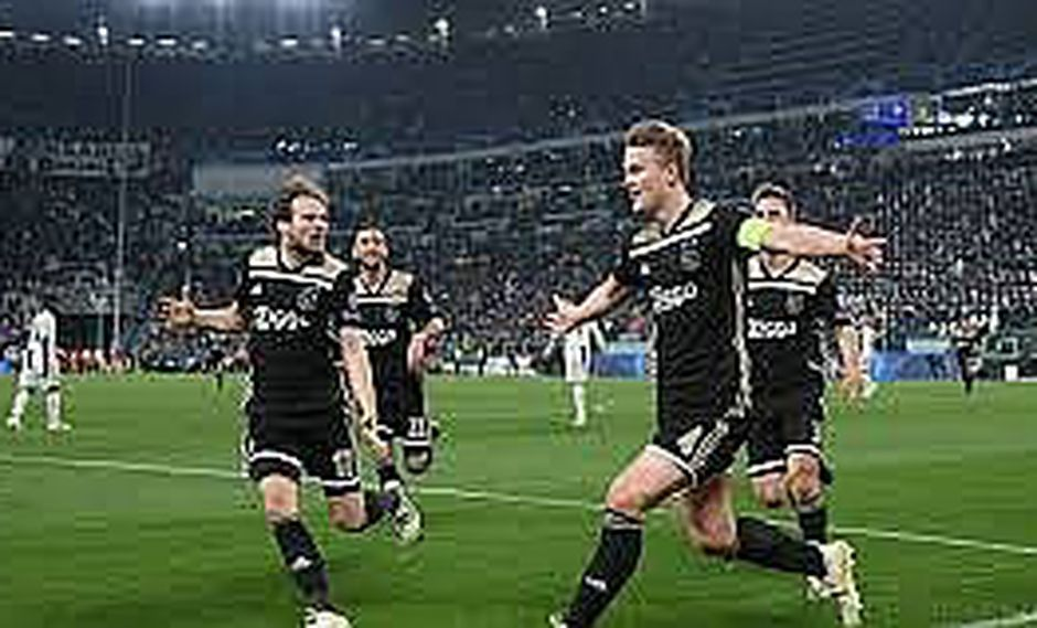 Ajax vence 1-2 a Juventus y deja a Cristiano fuera de la Champions