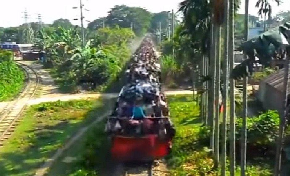 YouTube: Mira este alucinante viaje en tren en la India [VIDEO]