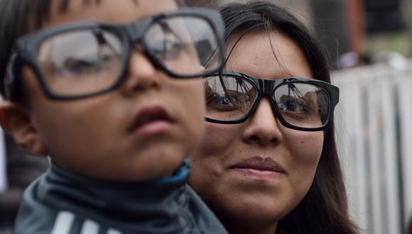 Los casos de visión borrosa se incrementarán en las nuevas generaciones y tras la pandemia del coronavirus (Foto: AFP)