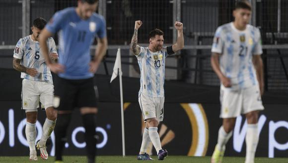 La alegría de Lionel Messi tras la victoria frente a Uruguay. (Foto: AFP)
