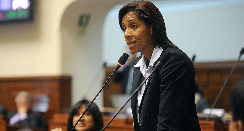 Leyla Chihúan se arrepiente de decir que su sueldo no le alcanza