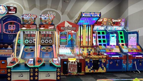La oferta de entretenimiento familiar para los más pequeños incluye los simuladores, juegos de habilidad, entre otros más. (Difusión)