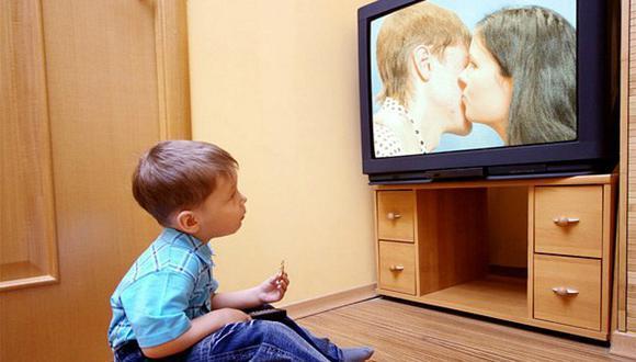 Mueble de TV a prueba de niños: 5 tips para prevenir accidentes