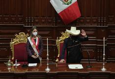 """Pedro Castillo promete vacunar a todos los peruanos """"en el menor tiempo posible"""""""