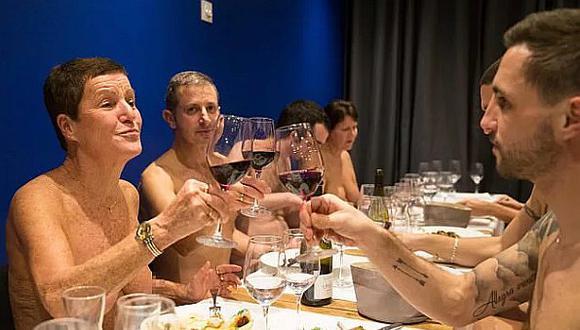 Primer restaurante nudista de Francia fracasa rotundamente y tiene triste final