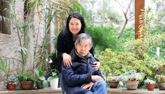 """""""Puedo asegurarles que con ustedes, con Alberto Fujimori y el gran equipo de Fuerza Popular vamos a enfrentar con éxito el gran reto"""", indicó Keiko Fujimori. (Foto: Twitter)"""